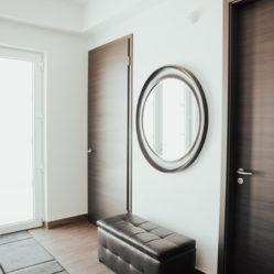 Interior foyer door - closed